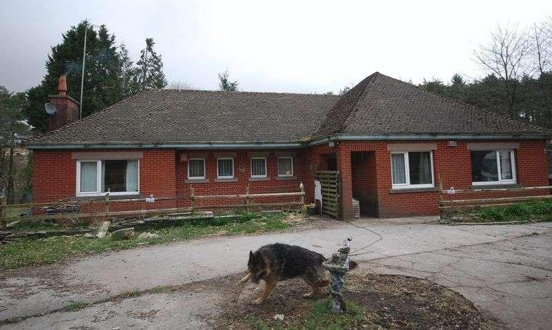 3 Bedrooms Land Commercial for sale in Rhombic Farm, Halt Road, Rhigos, Aberdare, CF44 9UN