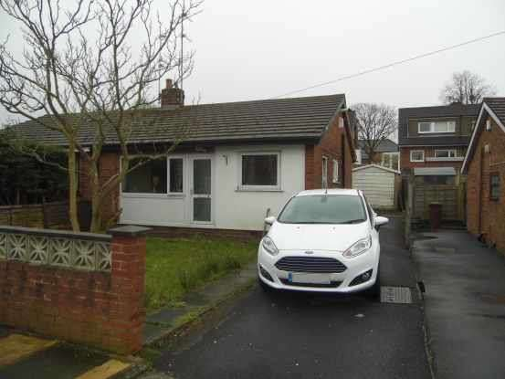 2 Bedrooms Semi Detached Bungalow for sale in Dalby Crescent, Blackburn, Lancashire, BB2 4SZ