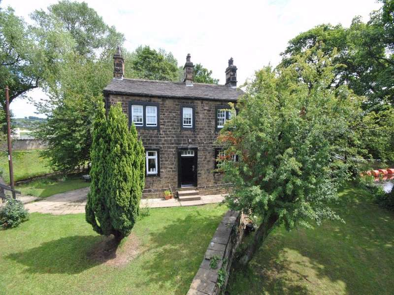 3 Bedrooms Detached House for sale in Leeds Road, HUDDERSFIELD, West Yorkshire