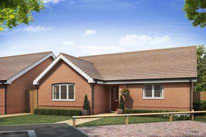 2 Bedrooms Bungalow for sale in Norwich Road, Dereham, Norfolk