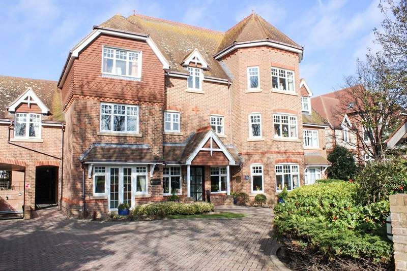 2 Bedrooms Retirement Property for sale in Grasmere Court, Worthing, BN11 3JE