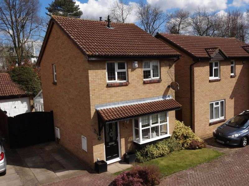 3 Bedrooms Detached House for sale in Glenfield Road, Luton