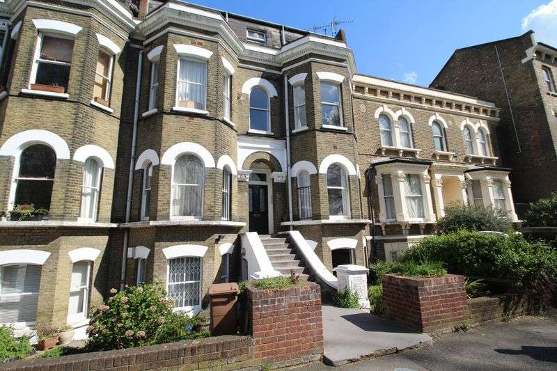 2 Bedrooms Flat for sale in Queensdown Road, London