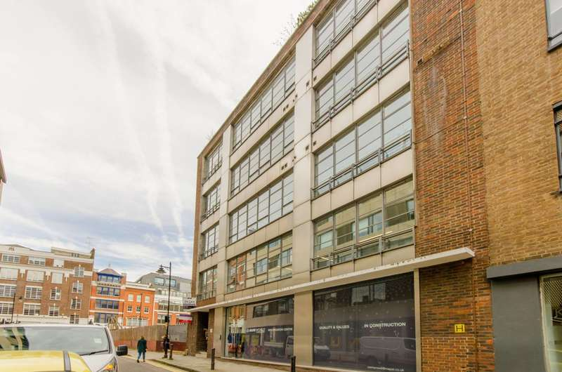 2 Bedrooms Flat for sale in Great Sutton Street, Clerkenwell, EC1V