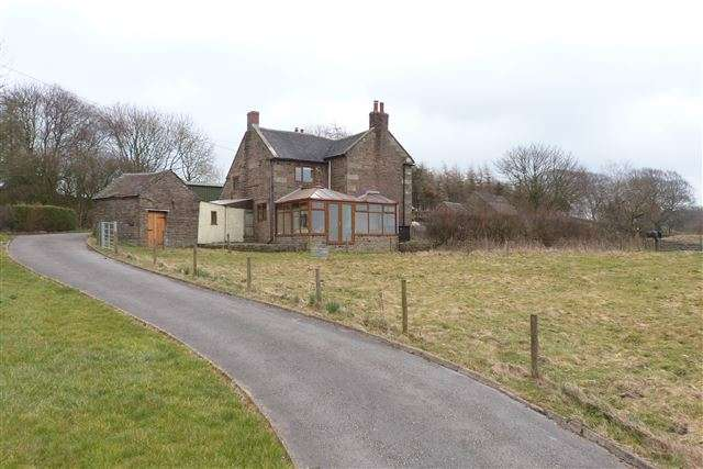 3 Bedrooms Farm House Character Property for sale in Three Lows Farm, Star Road, Oakamoor, Staffordshire, ST10 3BN