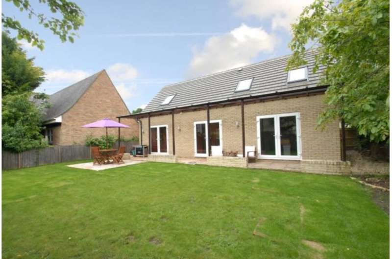 4 Bedrooms Detached House for sale in Bankside, Headington Quarry