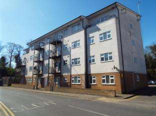 1 Bedroom Flat for sale in Eaton Road, Margate, Kent