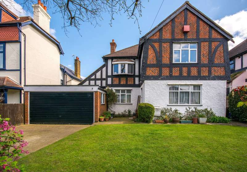 4 Bedrooms House for sale in Clarence Road, Sutton, SM6