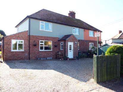 4 Bedrooms Semi Detached House for sale in Burnham Market, King's Lynn, Norfolk