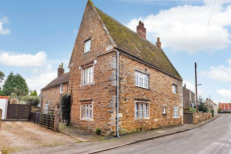 3 Bedrooms Detached House for sale in Great Gonerby NG31
