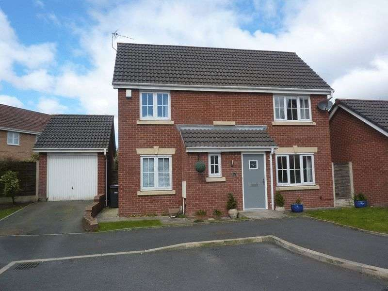 4 Bedrooms Detached House for sale in Westhoughton, Bolton