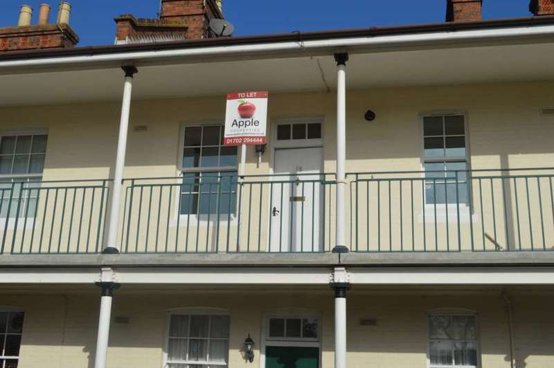 1 Bedroom Flat for sale in Ash Court, Thorpe Green
