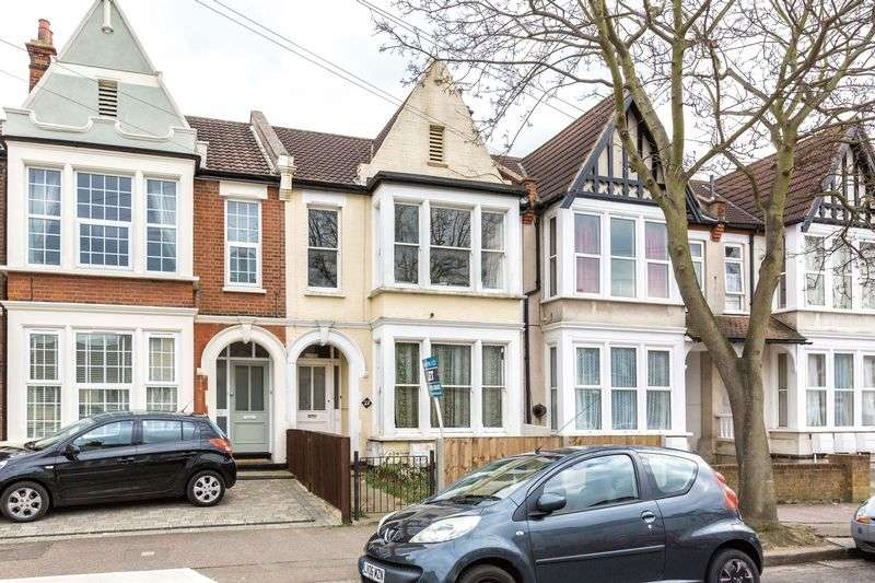 2 Bedrooms Flat for sale in Lancaster Gardens, Southend-On-Sea