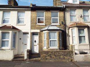 2 Bedrooms Terraced House for sale in Rochester Avenue, Rochester, Kent