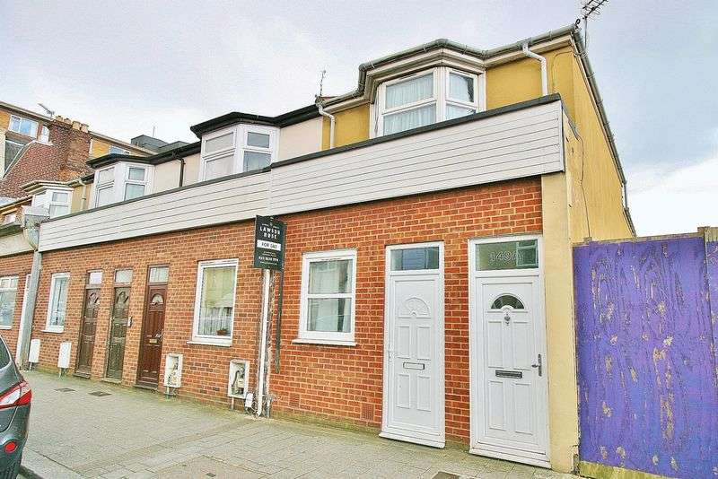 2 Bedrooms Flat for sale in Fawcett Road, Southsea