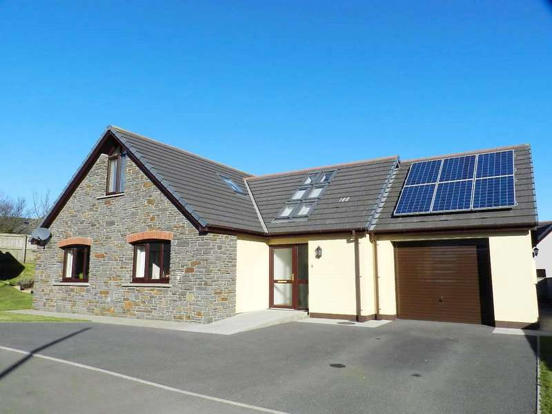 3 Bedrooms Detached Bungalow for sale in Brookfield Close, Keeston, Haverfordwest
