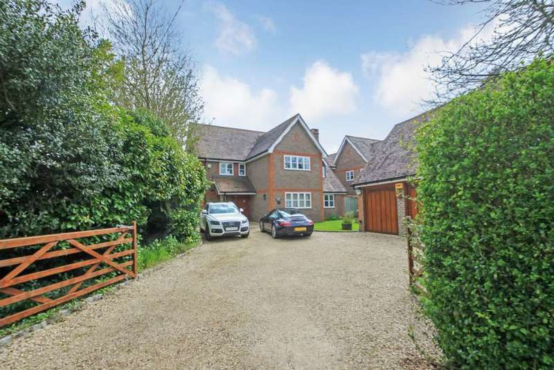 4 Bedrooms Detached House for sale in Chapel Lane, Long Marston