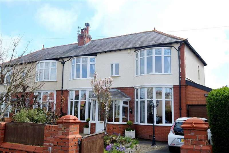 3 Bedrooms Property for sale in Coronation Road, Fairhaven, Lytham, St Annes