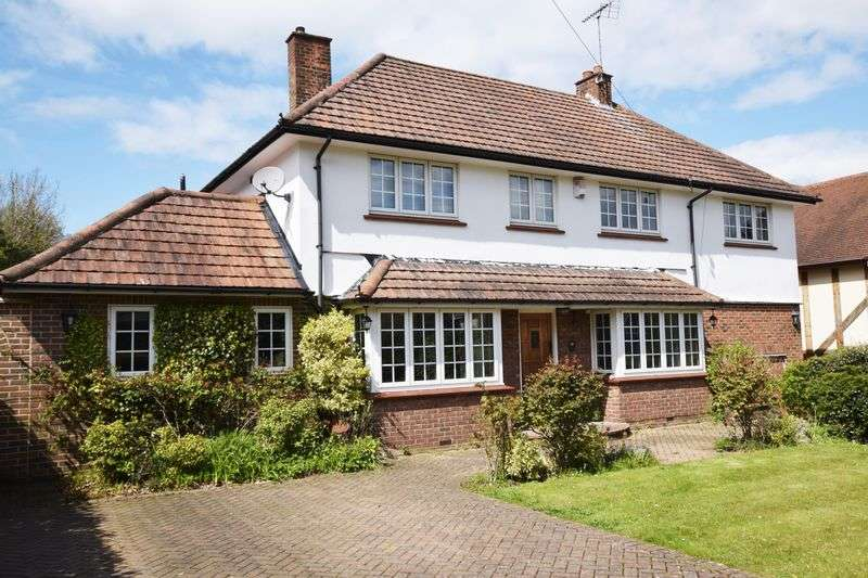 5 Bedrooms Detached House for sale in Homestead Road, Orpington