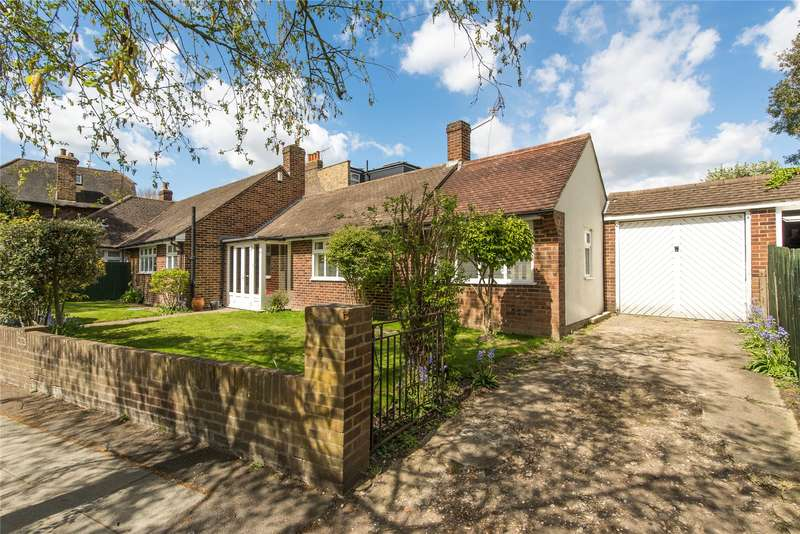 2 Bedrooms Semi Detached Bungalow for sale in Wilton Crescent, Wimbledon, London, SW19