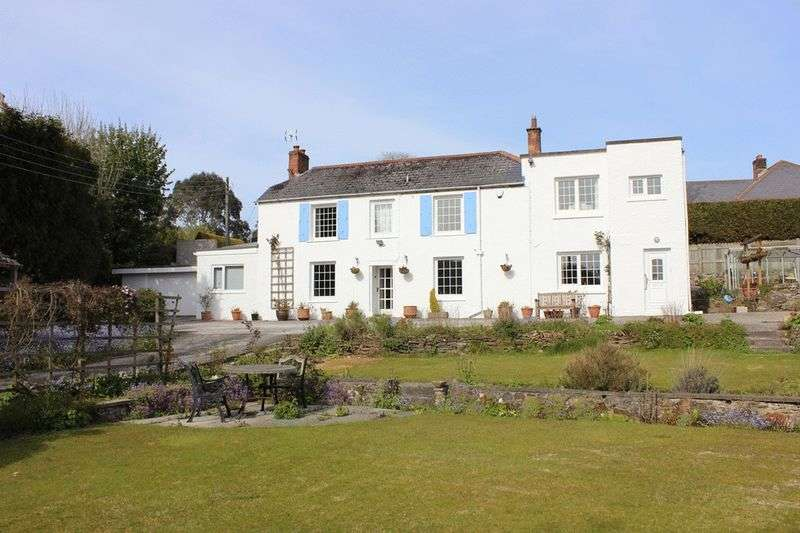5 Bedrooms Detached House for sale in Pennys Lane, Par