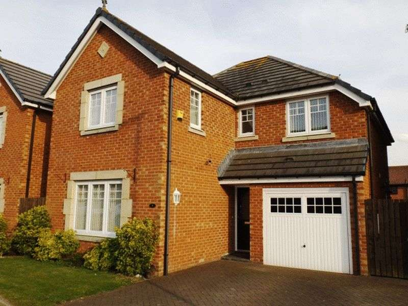 4 Bedrooms House for sale in Mowbray Court, Stakeford - Four Bedroom Detached House