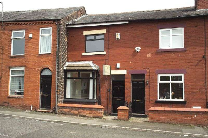 2 Bedrooms Terraced House for sale in Lever Street, Manchester