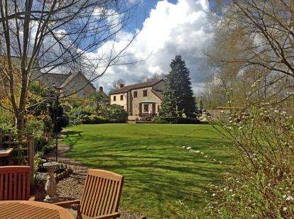 5 Bedrooms Detached House for sale in Axminster, Devon