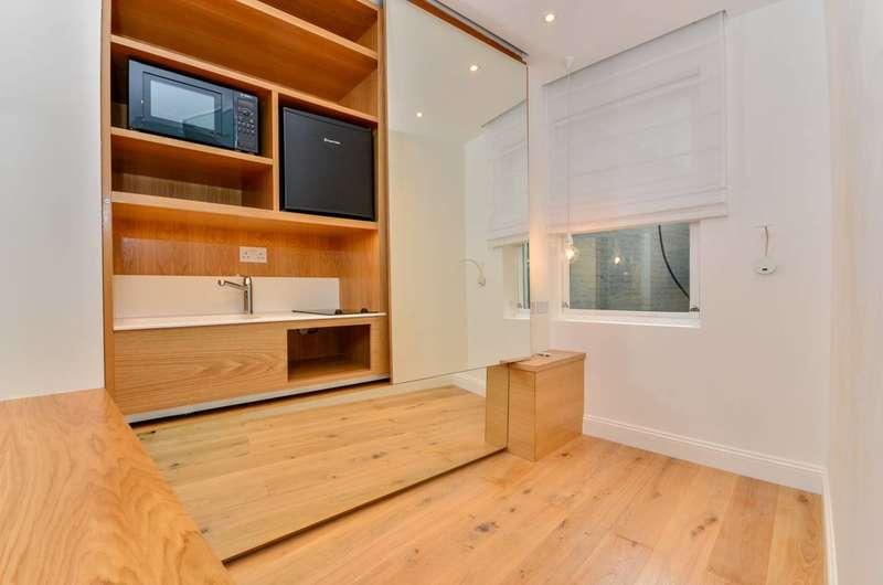 Studio Flat for sale in Brompton Road, Knightsbridge, SW3