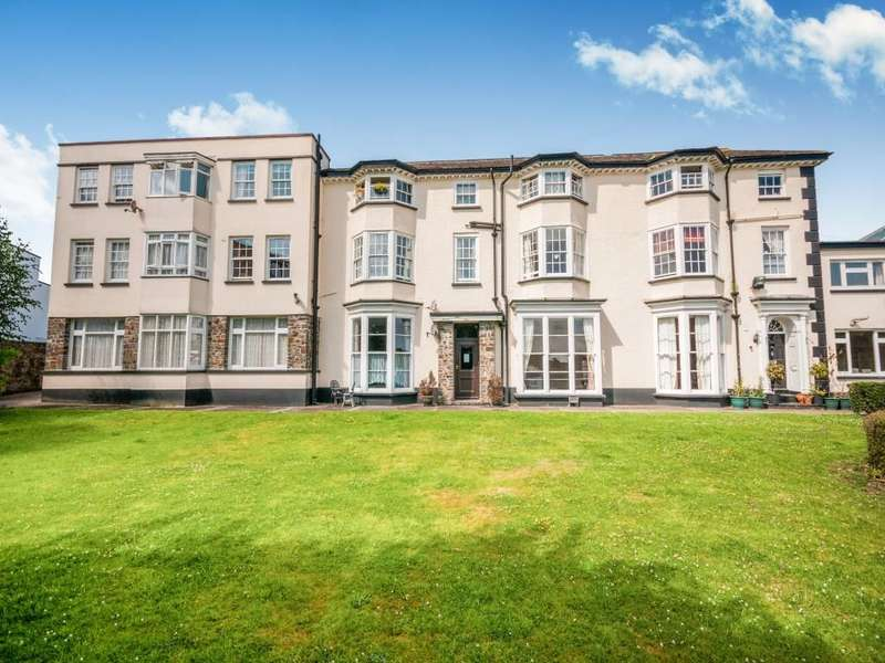 1 Bedroom Flat for sale in Northam Road, Bideford, EX39