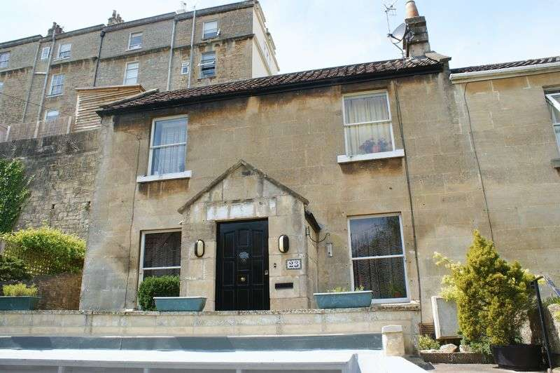 3 Bedrooms Detached House for sale in Entry Hill, Bath