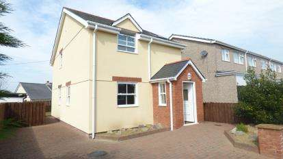3 Bedrooms Detached House for sale in Stad Foel Graig, Llanfairpwllgwyngyll, Sir Ynys Mon, Anglesey, LL61