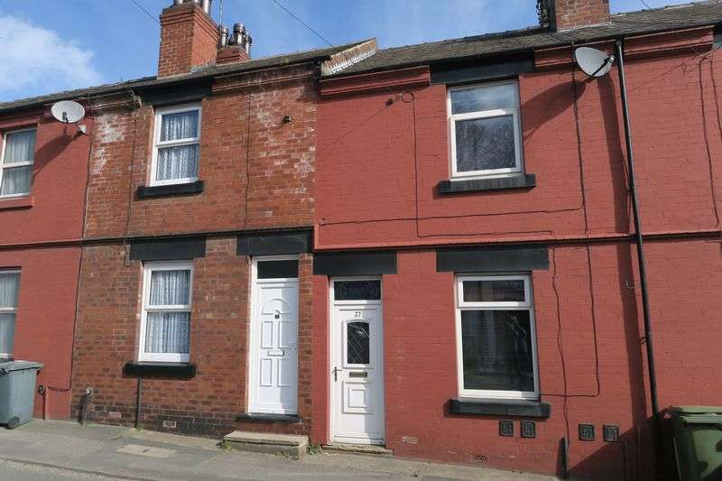 2 Bedrooms Terraced House for sale in Station Road, Morley, Leeds
