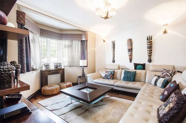 5 Bedrooms Detached House for sale in East Acton Lane, Acton