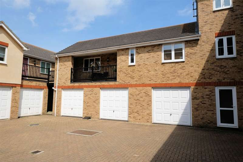 2 Bedrooms Flat for sale in Harbour Walk, Diamond Road, WHITSTABLE, Kent