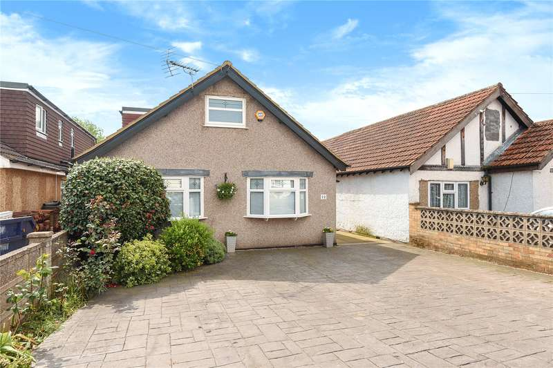 4 Bedrooms Bungalow for sale in Nicholls Avenue, Hillingdon, Middlesex, UB8