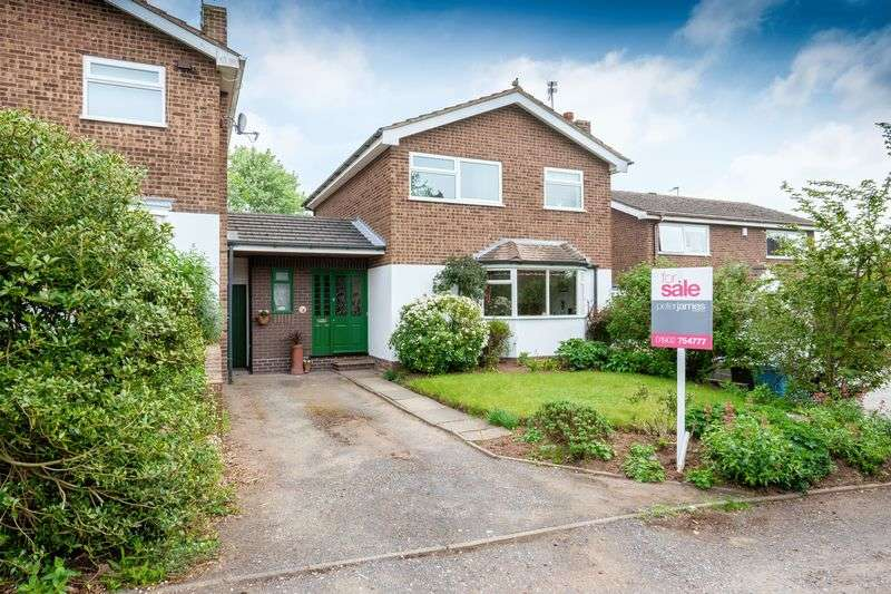 3 Bedrooms Detached House for sale in Newgate, Pattingham, Wolverhampton