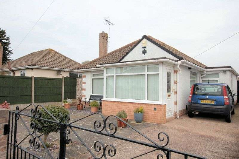 2 Bedrooms Detached Bungalow for sale in Viola Avenue, Rhyl