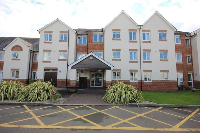 1 Bedroom Flat for sale in D'Arcy Court, Marsh Road, Newton Abbot