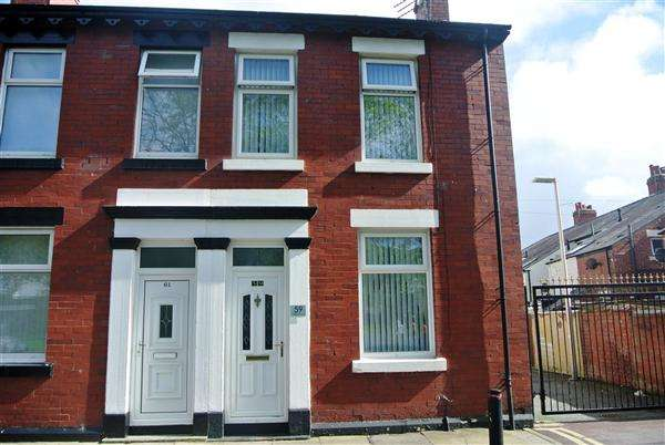 2 Bedrooms End Of Terrace House for sale in Claremont Road, Blackpool