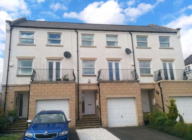 4 Bedrooms Town House for sale in Edgar Street, Dunfermline, KY12