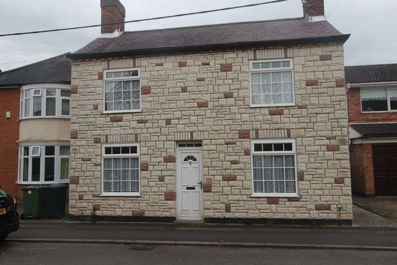 3 Bedrooms Detached House for sale in Dover Street, Leicester
