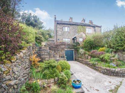 3 Bedrooms Semi Detached House for sale in Newchurch Village, Newchurch-in-Pendle, Burnley, Lancashire