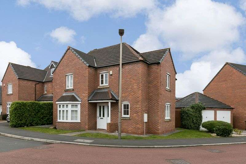 4 Bedrooms Detached House for sale in Naburn Drive, Orrell, WN5 8SB