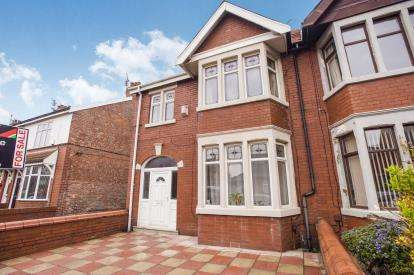 3 Bedrooms Semi Detached House for sale in Thames Road, Blackpool, Lancashire, FY4