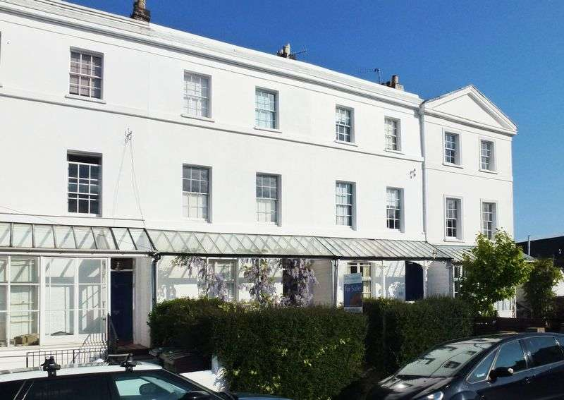 4 Bedrooms Terraced House for sale in St Leonards