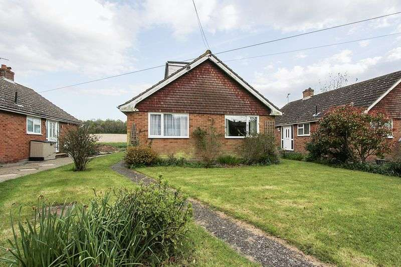 4 Bedrooms Detached Bungalow for sale in Easole Street, Nonington