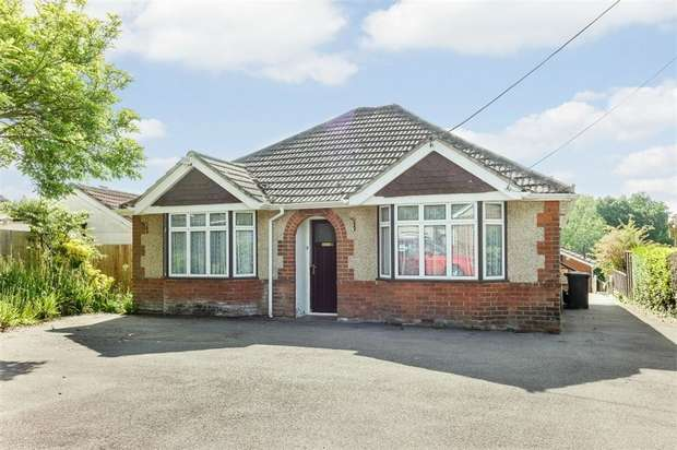 3 Bedrooms Detached House for sale in High Street, Shirrell Heath, Southampton, Hampshire