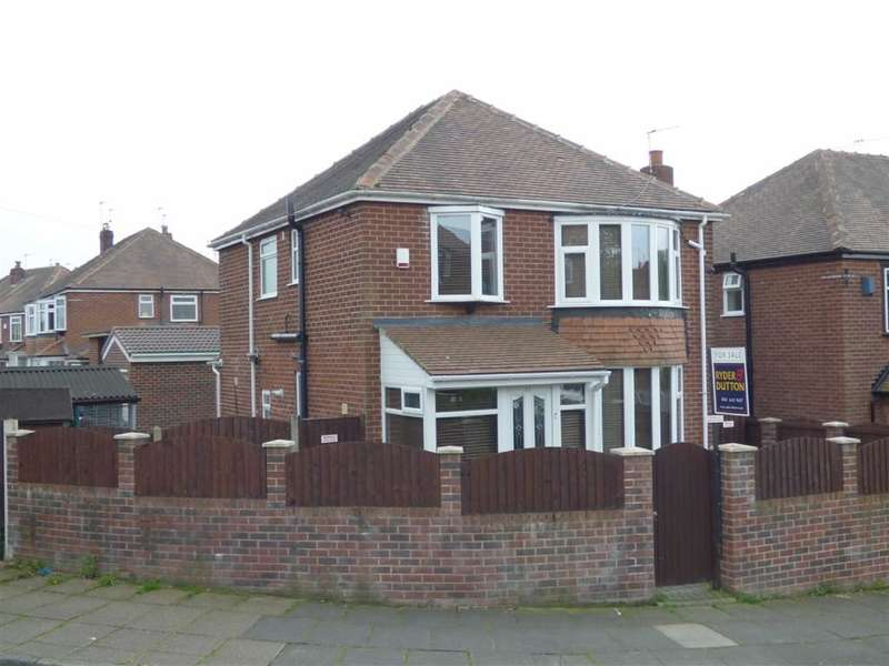 3 Bedrooms Property for sale in Manor Road, Alkrington, Manchester, M24