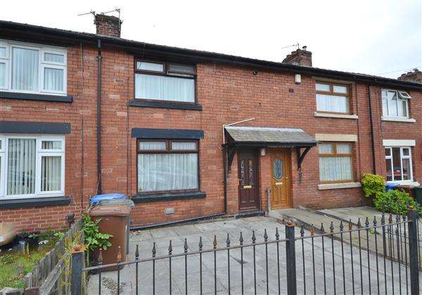 2 Bedrooms Terraced House for sale in St. Peter's Street, Chorley, Chorley